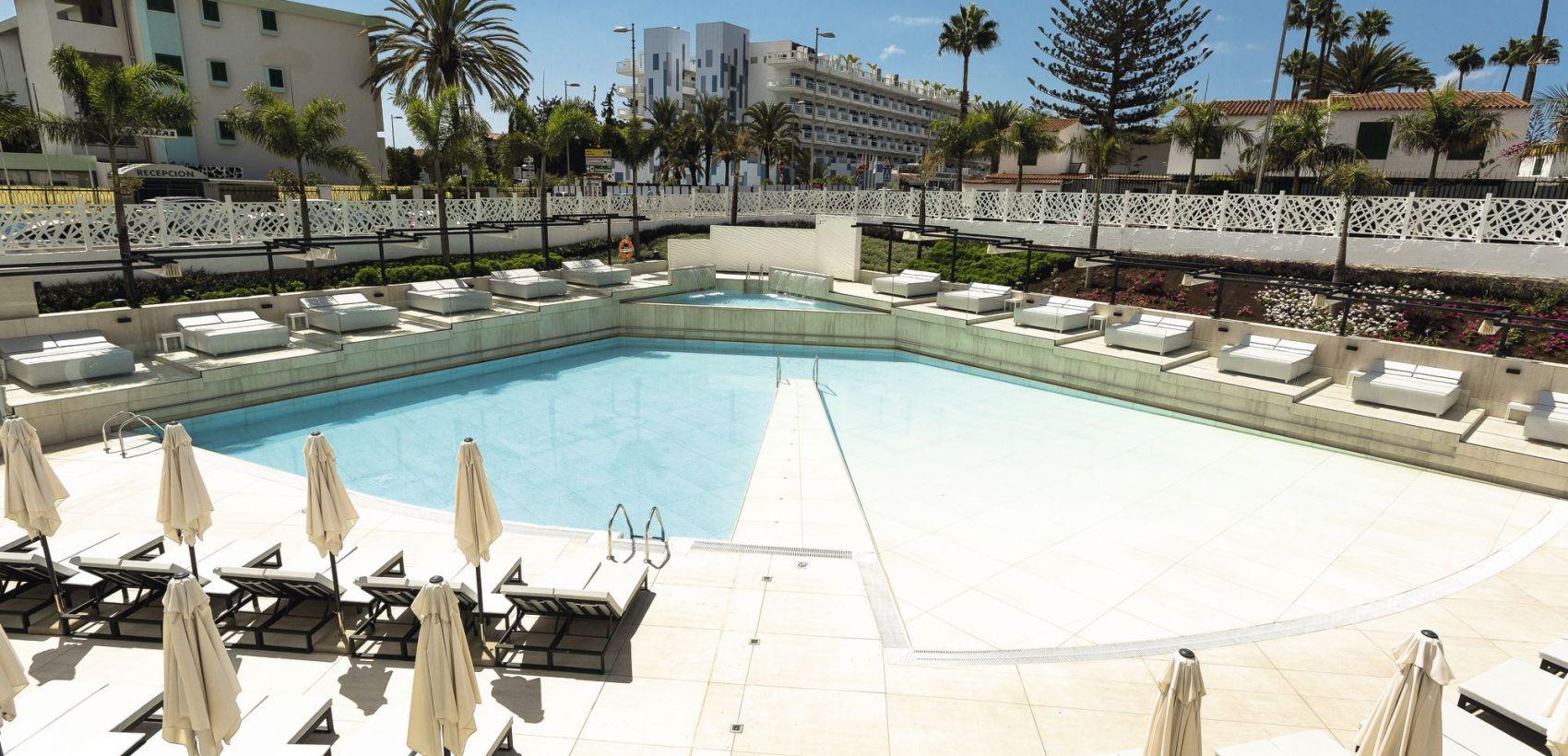 Funchal»Las Palmas | Hotéis em MP e TI - Lugares Garantidos
