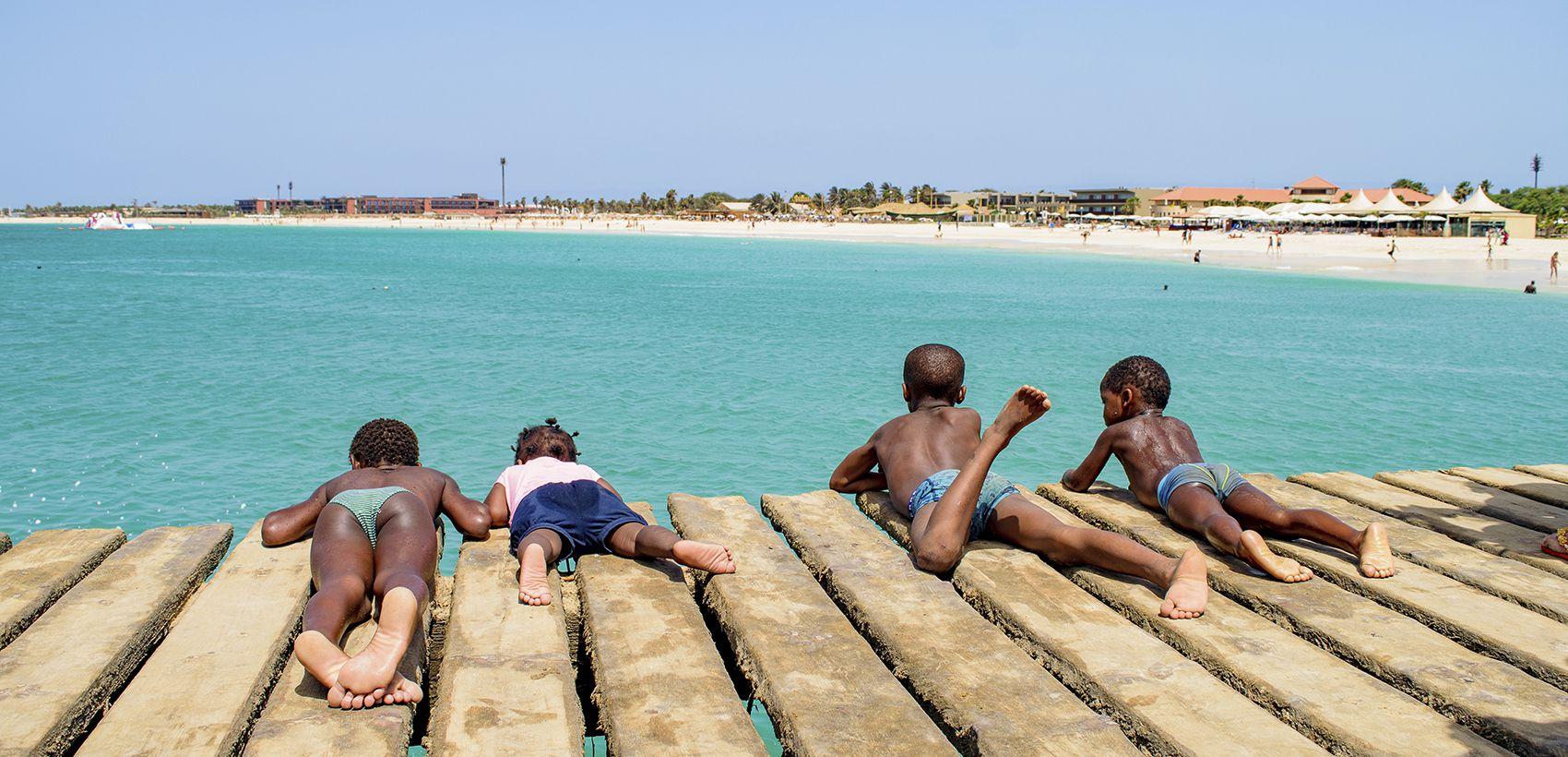 Ilha do Sal: Verão  Especial SATA  Partida de Lisboa